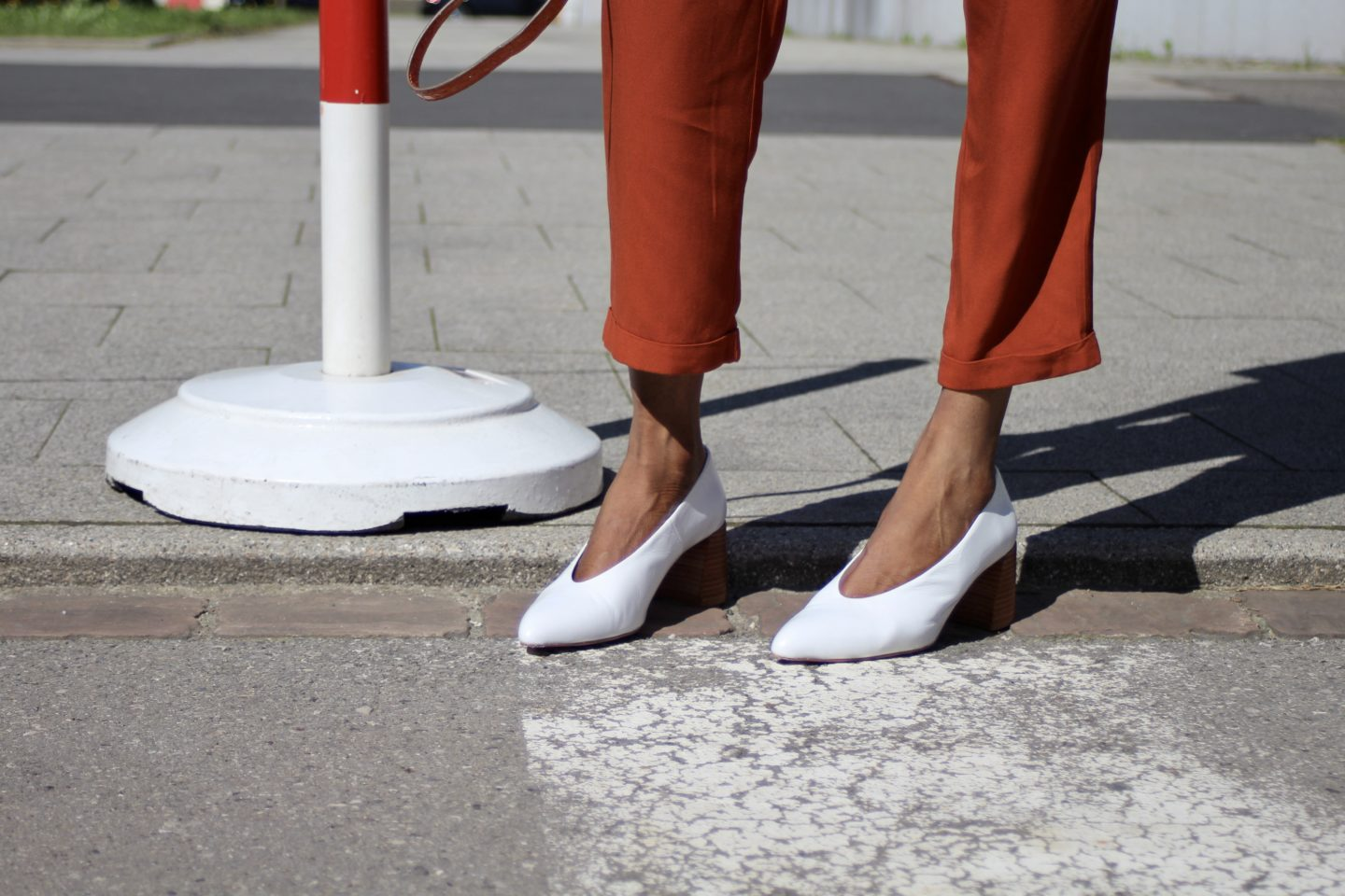 YES TO WHITE SHOES