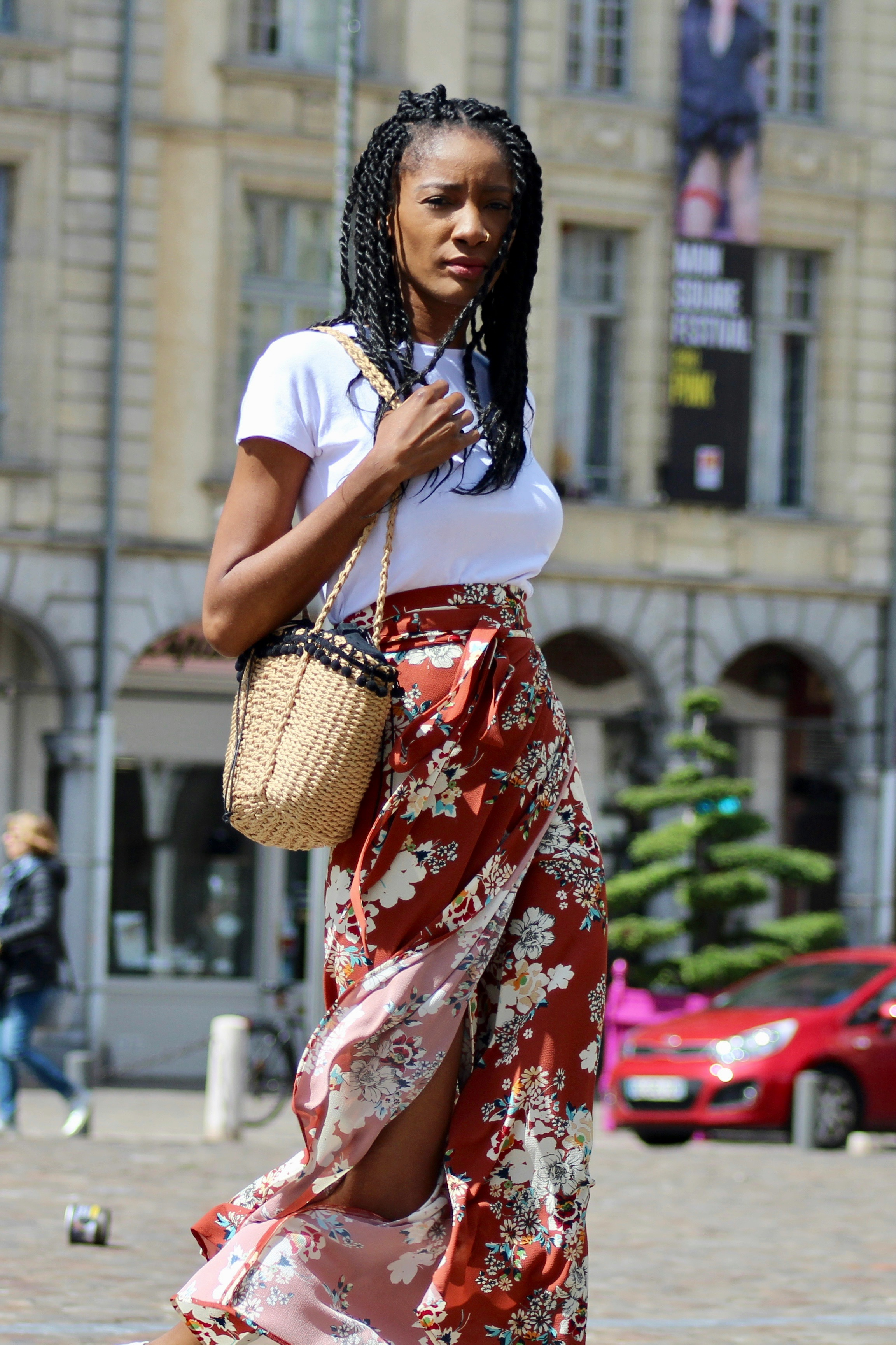 floral print skirt outfit