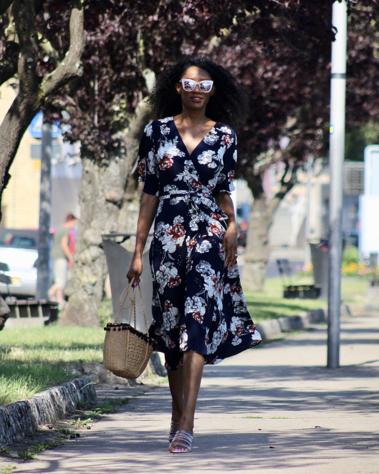 FLORALS & STATEMENT SUNNIES