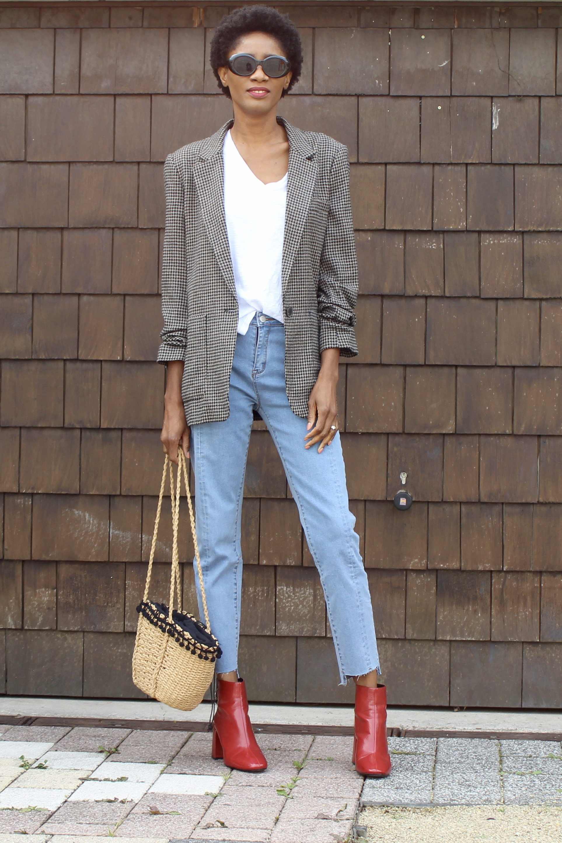 Jeans blazer red ankle boots outfit for the start of fall